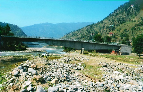A Balance Cantilever Bridge at Rohru in Himanchal Pradesh.