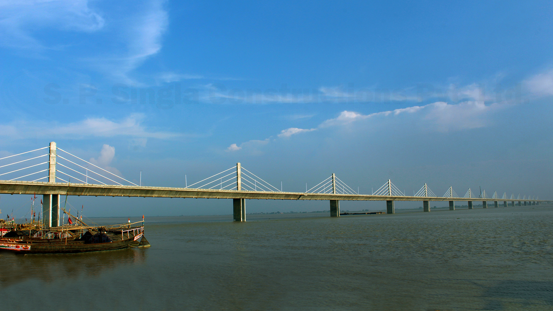 4.35 Km long 4 Lane H.L Bridge with approach road across river Ganga including 1920m long extradosed bridge connecting Ara-Chhapra in Bhojpur, Bihar