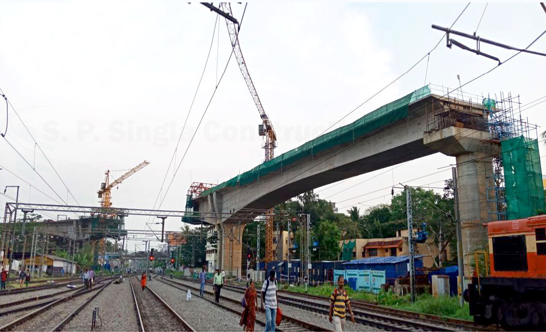 Elevated Cast-in-situ Balanced Cantilever Bridge for Kochi Metro