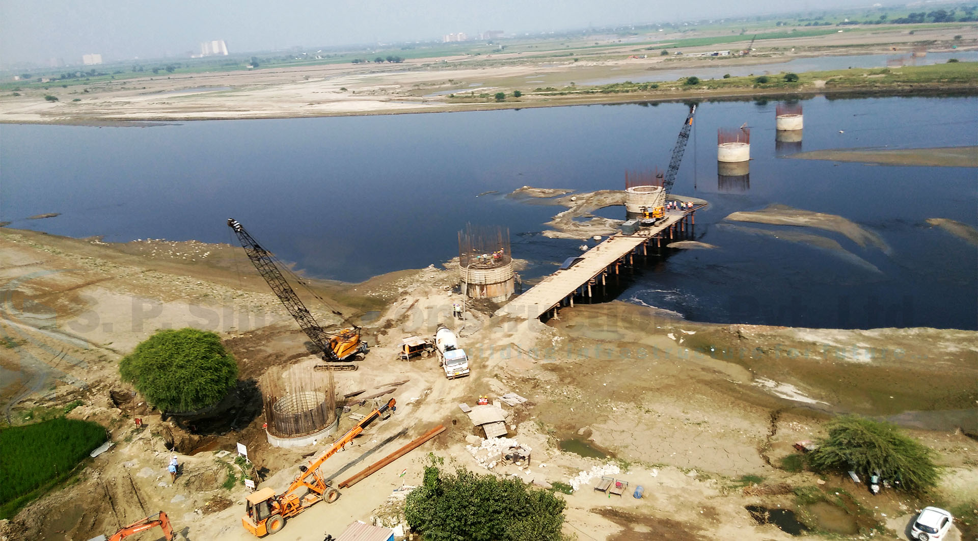 Design & Construction of 4-Lane Major Bridge across river Yamuna in Faridabad