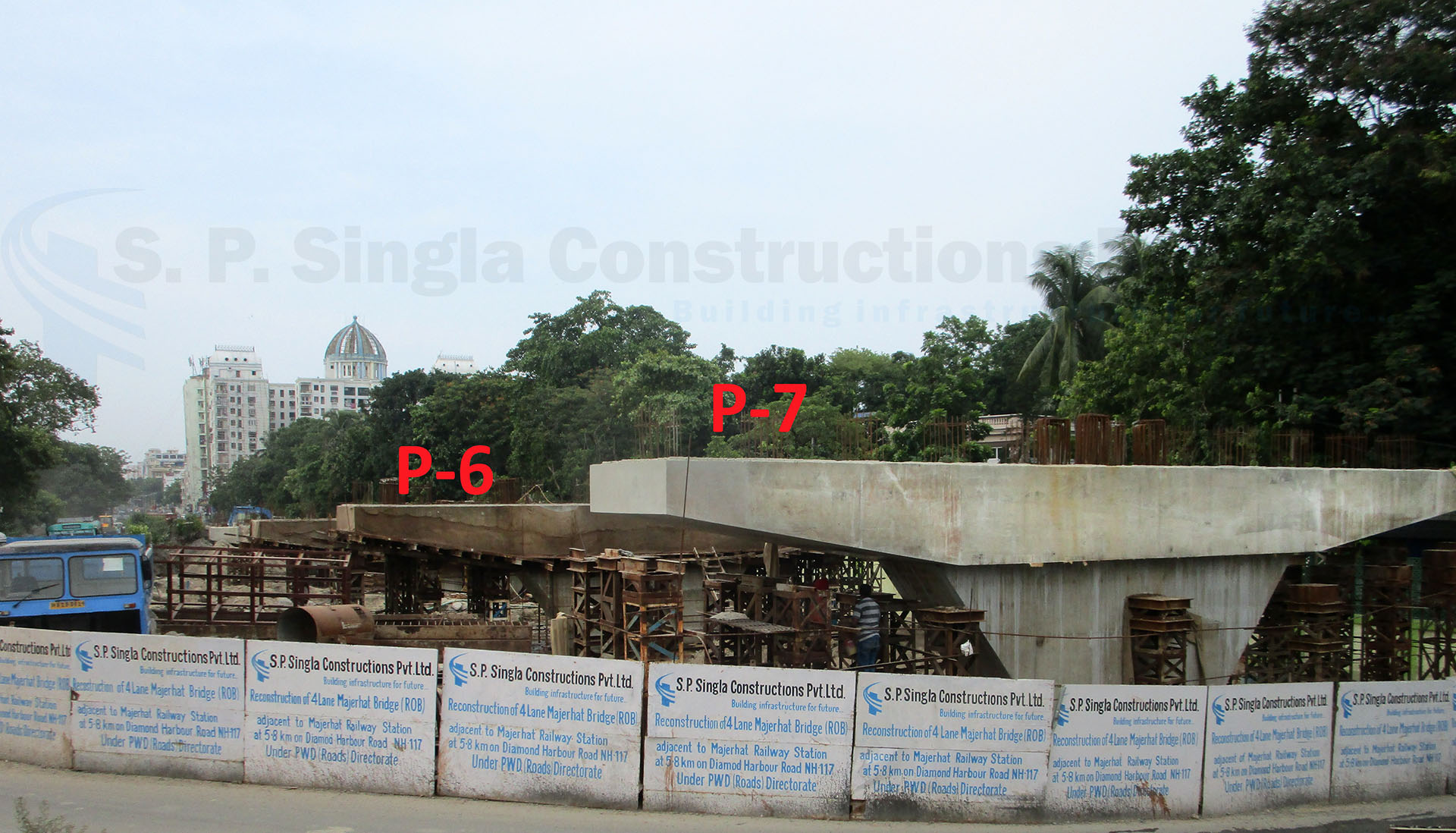 Reconstruction of 4 Lane Majerhat ROB on Diamond Harbour Road (NH-117), Kolkata in the state of West Bengal